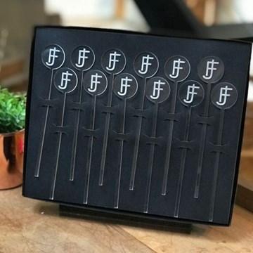 kit 12 mexedores de drinks cristal personalizados com monograma