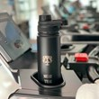 kit MUAY THAI garrafa térmica personalizada preta + toalha fitness com monograma